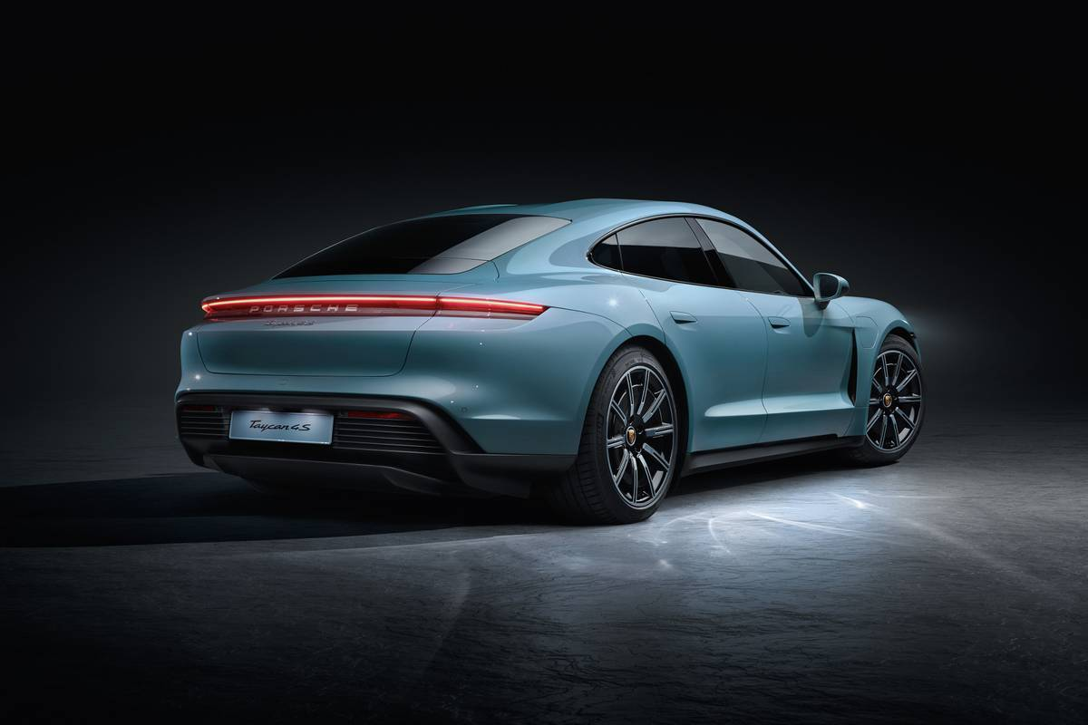 porsche-taycan-4s-2020-03-angle--blue--exterior--rear.jpg