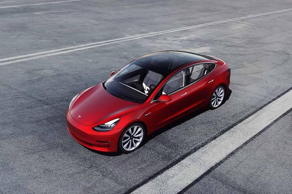 tesla-model-3-2020-01-angle--exterior--front--red.jpg
