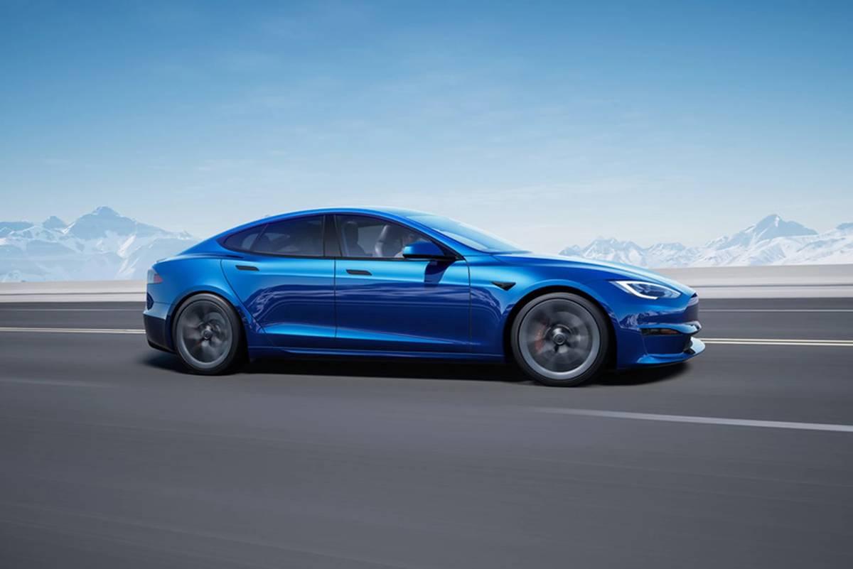 tesla-model-s-2021-blue-exterior-dynamic-profile-oem.jpg