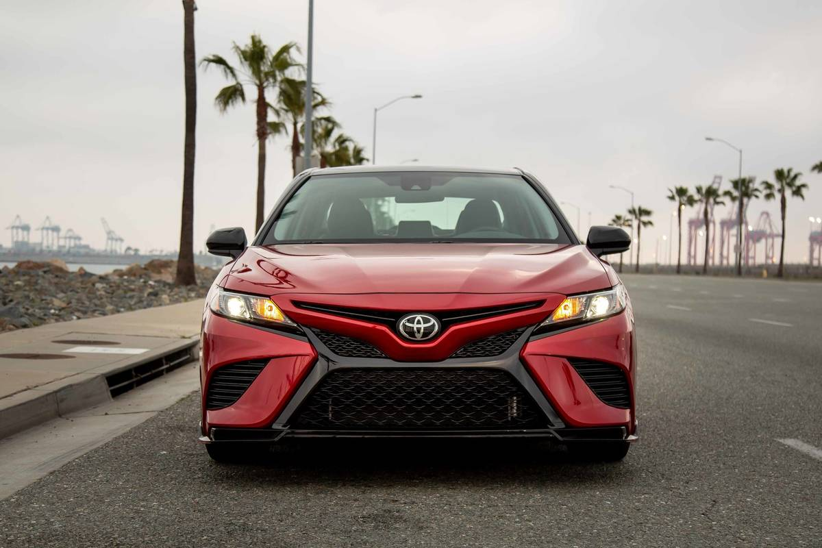 toyota-camry-trd-2020-02-exterior--front--red.jpg