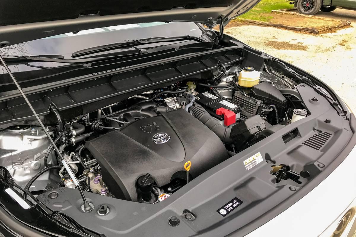 toyota-highlander-2020-05-engine.jpg