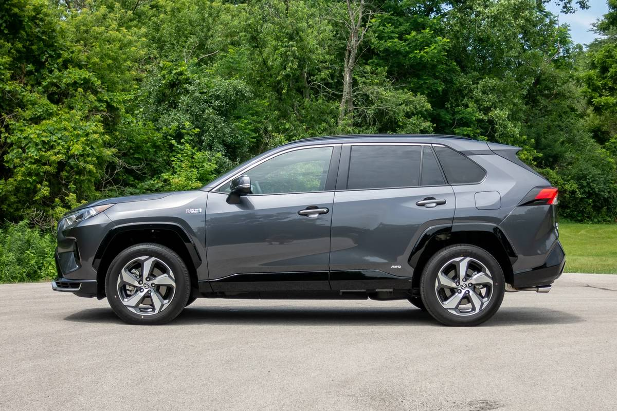 Toyota Rav4 Plug In Hybrid Due Mid 2020 With Sub 30g Km Co2