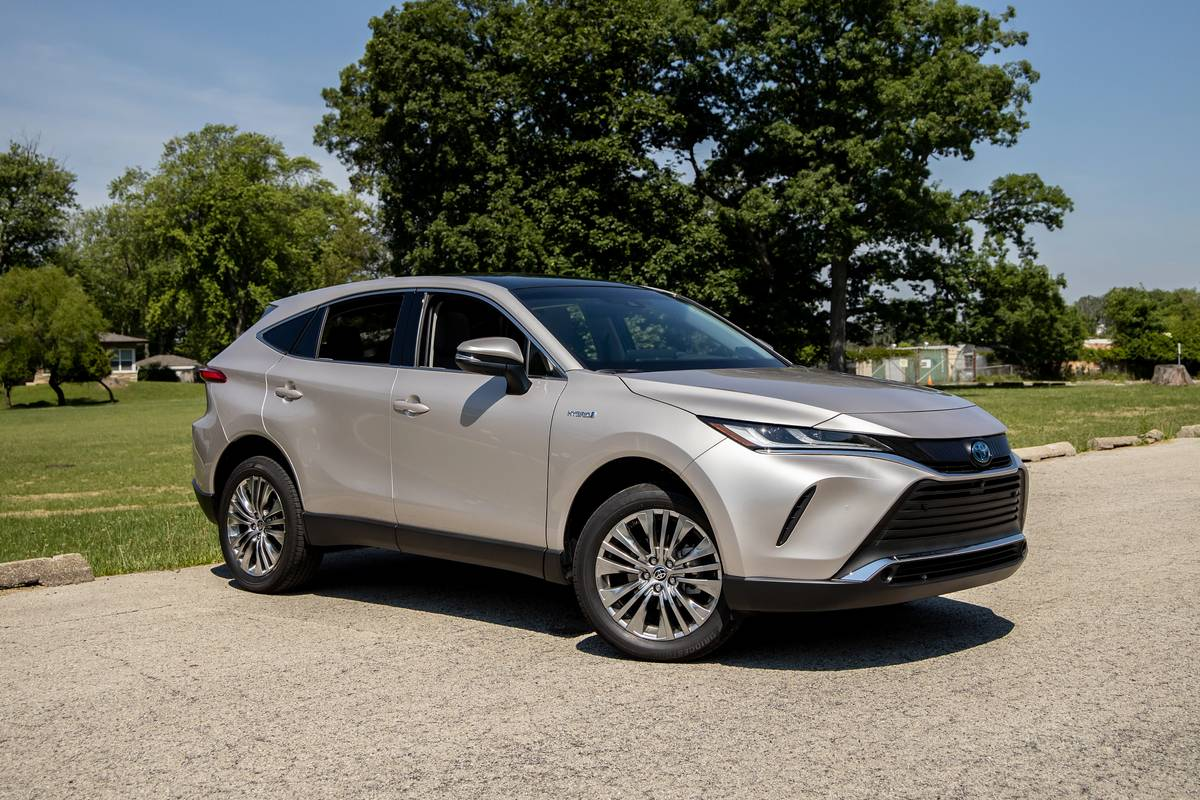 2021 Toyota Venza Review: The Camry Wagon We Deserve, Not the One We Want