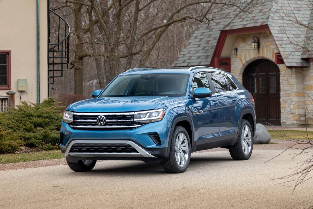 2020 Volkswagen Atlas Cross Sport 5 Things We Like And 4 Not So Much News Cars Com