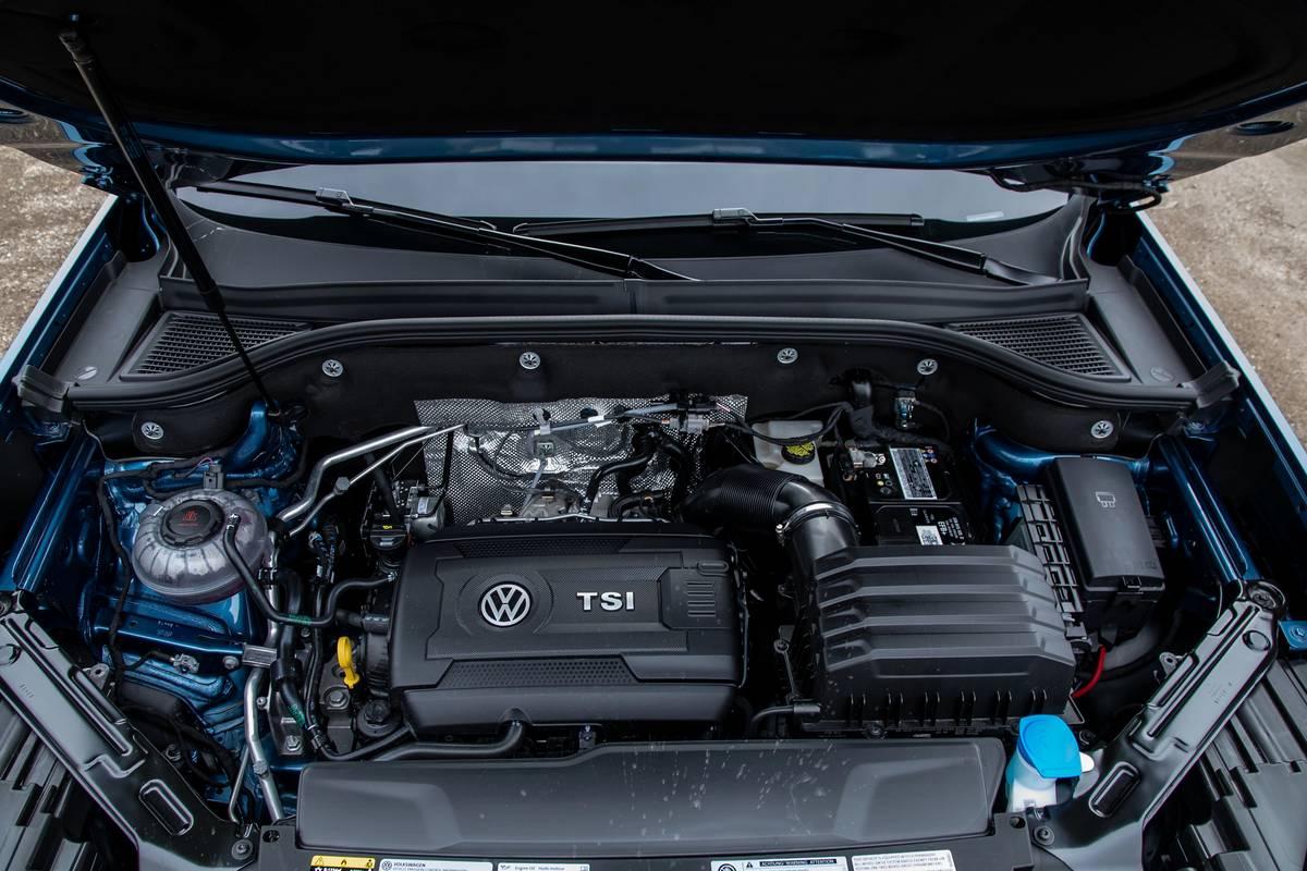 volkswagen-atlas-cross-sport-2020-09-engine--interior.jpg