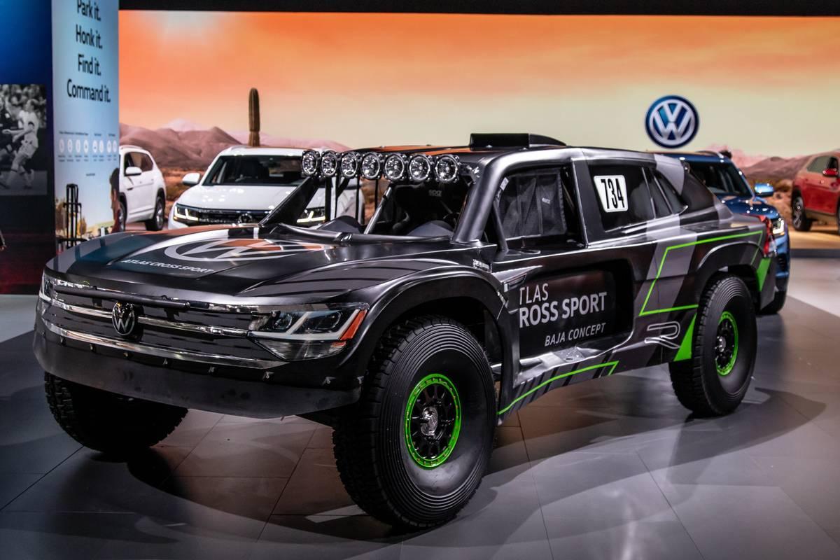 volkswagen-atlas-cross-sport-r-cl-01-exterior-front-angle.jpg