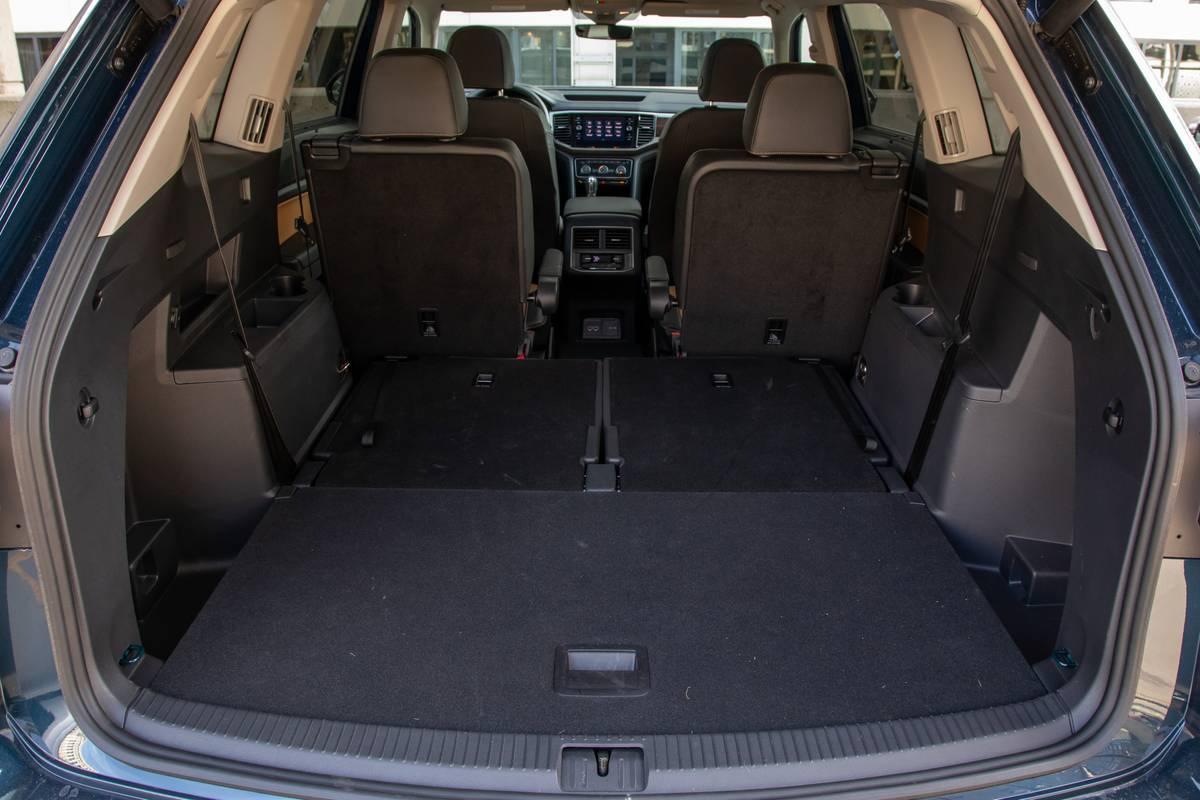 volkswagen-atlas-sel-awd-2019-46-folding-seats--interior--trunk.jpg