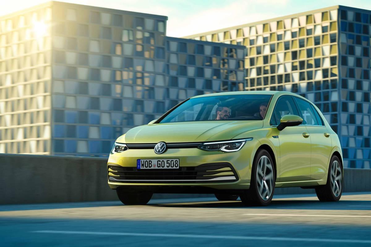 volkswagen-golf-a8-european-model--02-angle--exterior--front--green--urban.jpg