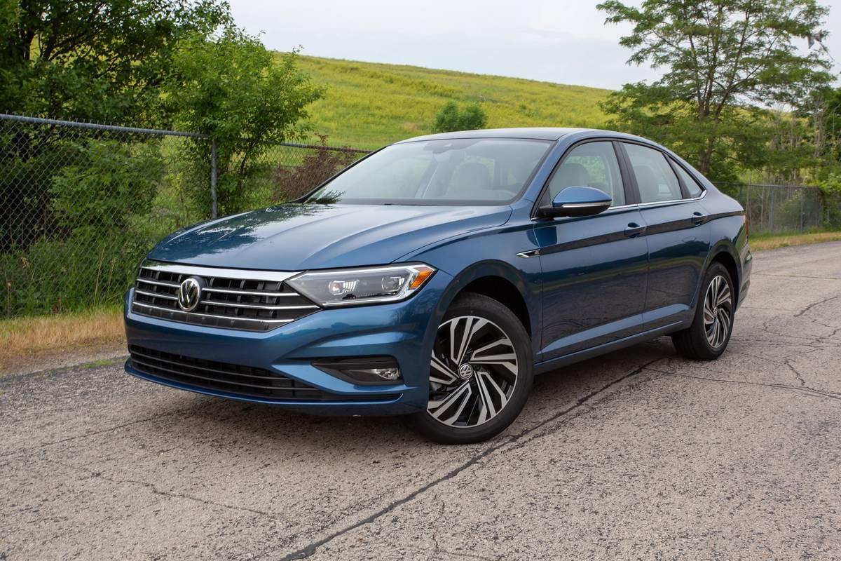 2020 Volkswagen Jetta SEL Vs. SEL Premium: Is the Top Trim Worth It?