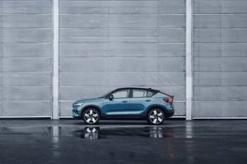 2022 Volvo C40 Recharge: Volvo Takes Ordering Online-Only With New EV