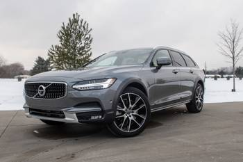 2020 Volvo V90 Cross Country Review: On-Road Luxe, Off-Road Looks