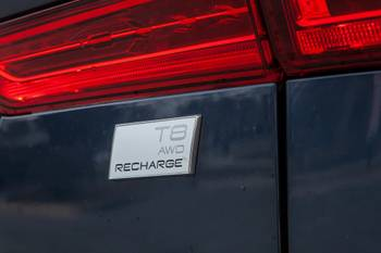 How Do Car Seats Fit in a 2021 Volvo XC60 Recharge?