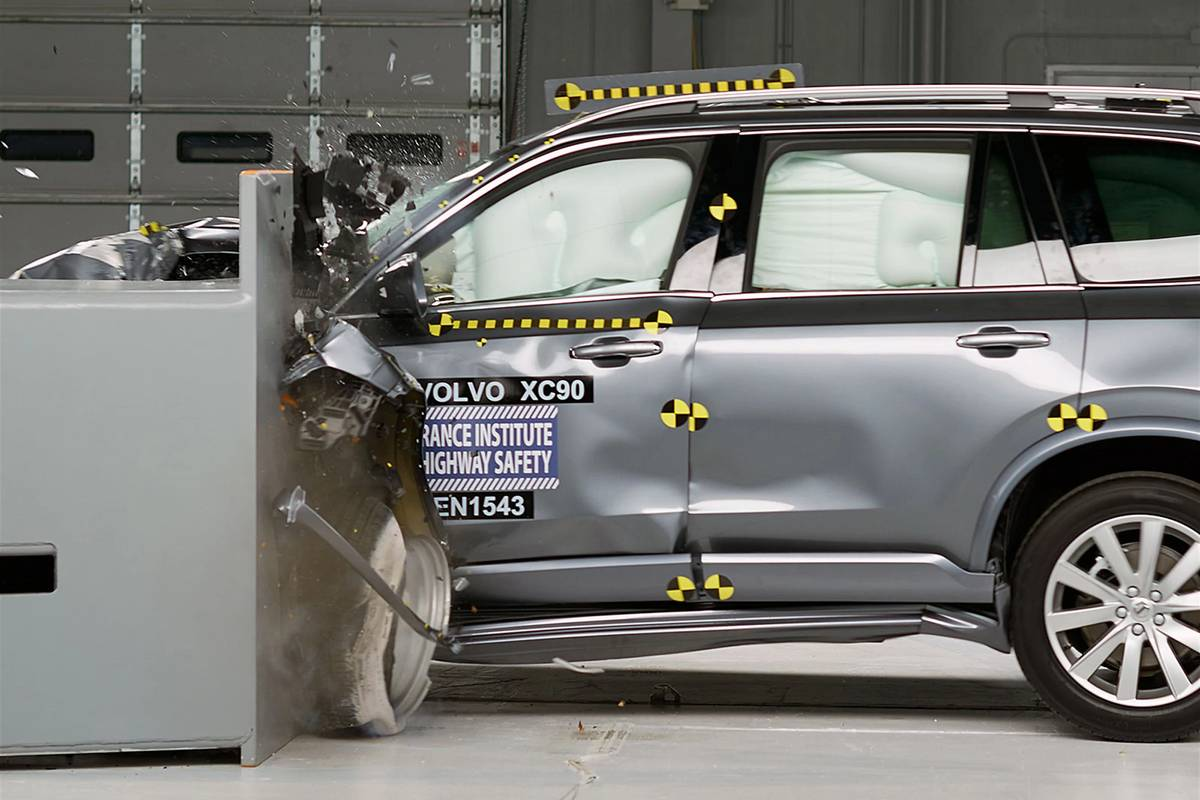 A 2020 Volvo XC90 making impact with an object during a safety rating crash test