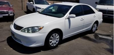 2005 Toyota Camry LE image