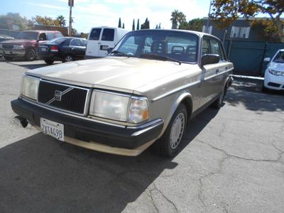 1991 Volvo 240  for sale VIN: YV1AA8846M1440693