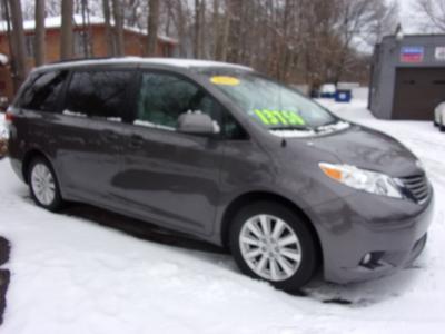 2011 Toyota Sienna  for sale VIN: 5TDDK30C3B5024925