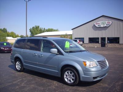 c99f62dd377081 Used 2010 Chrysler Town   Country Touringgood deal 3