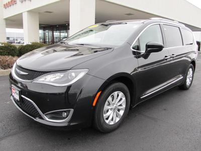 2018 Chrysler Pacifica Touring-L for sale VIN: 2C4RC1BG0JR263014