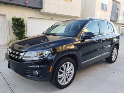 2012 Volkswagen Tiguan SE for sale VIN: WVGBV7AX8CW518305