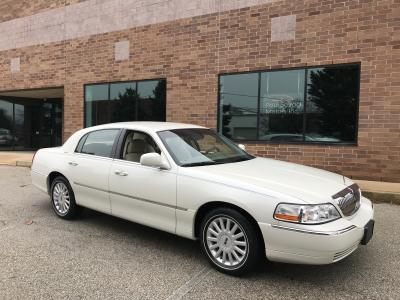 Lincoln Town Cars For Sale Auto Com