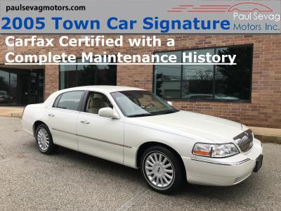 2005 Lincoln Town Car Signature for sale VIN: 1LNHM81W55Y608304
