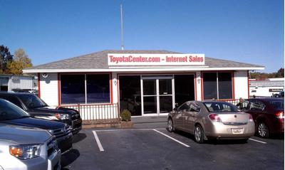 Fred Anderson Toyota of Columbia Image 2