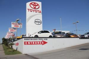 Charming Manhattan Beach Toyota Image 1