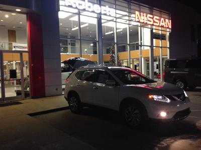 ... John Roberts Nissan Image 3 ...
