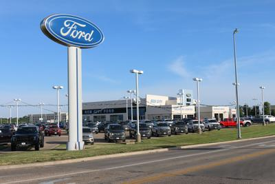 gem city ford lincoln  quincy including address phone dealer reviews directions  map