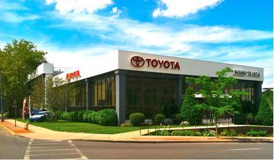 New Rochelle Toyota Image 1