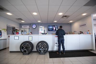 AutoNation Cadillac Corpus Christi Image 4