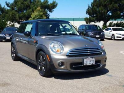 MINI Cooper 2011 for Sale in Oxnard, CA