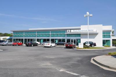 Hendrick Volvo Cars of Charleston Image 3