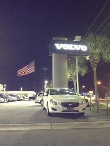 Hendrick Volvo Cars of Charleston Image 6