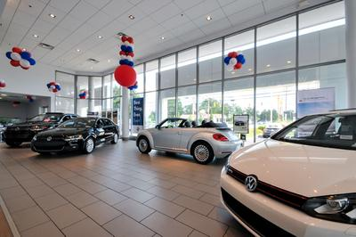 Beechmont Volkswagen Image 1