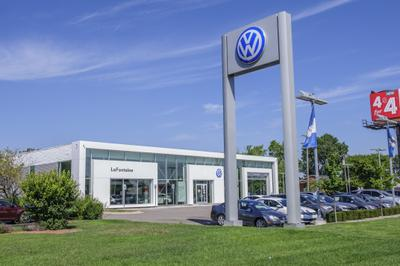 LaFontaine Volkswagen of Dearborn Image 2