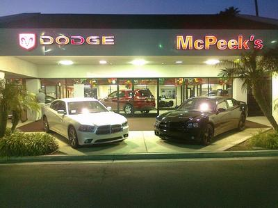 McPeeks Chrysler Dodge Jeep Ram of Anaheim Image 2