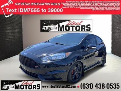 Ford Fiesta 2017 for Sale in Medford, NY