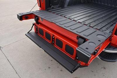 GMC Sierra 1500 2020 for Sale in Waterloo, IA
