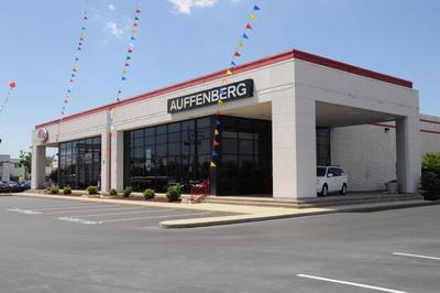 Auffenberg Auto Mall Image 4