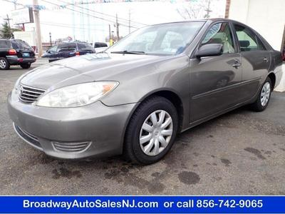2005 Toyota Camry LE for sale VIN: 4T1BE32K65U538093