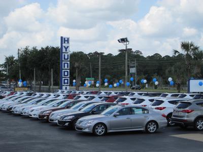 Headquarter Hyundai Image 1