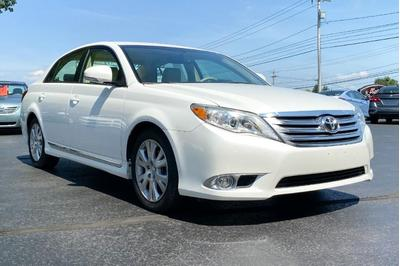 Toyota Avalon 2012 for Sale in Albany, NY