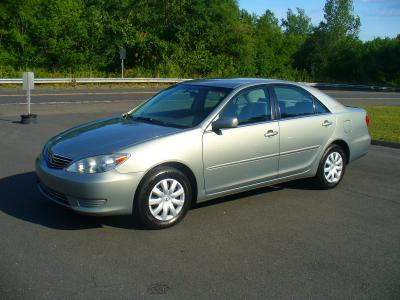 Toyota Camry 2005 for Sale in Windsor, CT