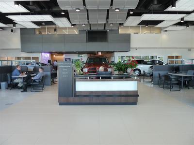 Baxter Chrysler Dodge Jeep Ram Bellevue Image 9