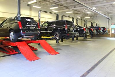 Herb Chambers Cadillac of Lynnfield Image 2
