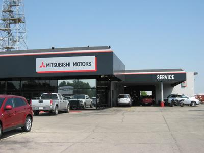 Norman Mitsubishi Image 4