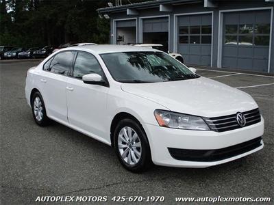 2013 Volkswagen Passat  for sale VIN: 1VWAH7A38DC114439