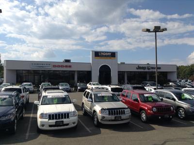 Lindsay Chrysler Dodge Jeep Ram Image 1