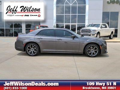 Chrysler 300 2017 for Sale in Brookhaven, MS